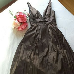 Low-cut Back Brown Formal Dress with Full Skirt